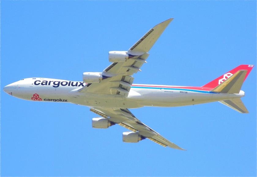 cargolux_747-8f_n5573s_over_fresno